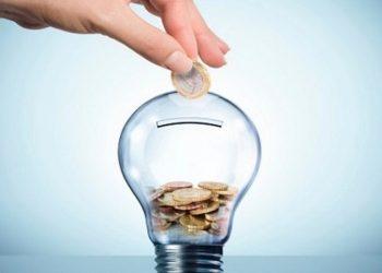 Tiết kiệm điện năng có lợi ích gì cho gia đình xã hội và môi trường